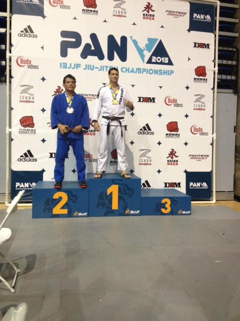 Podium Pan Champion